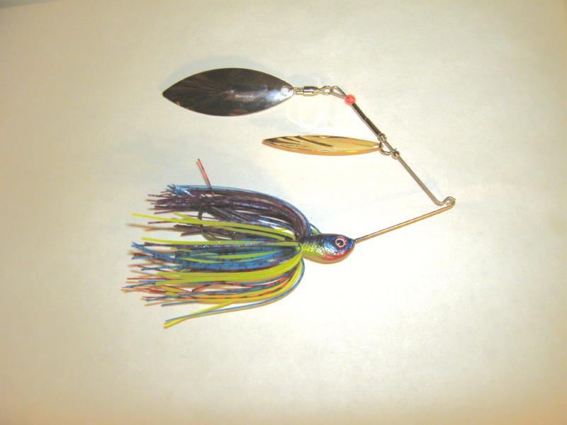 Multicolor powder paint spinnerbait