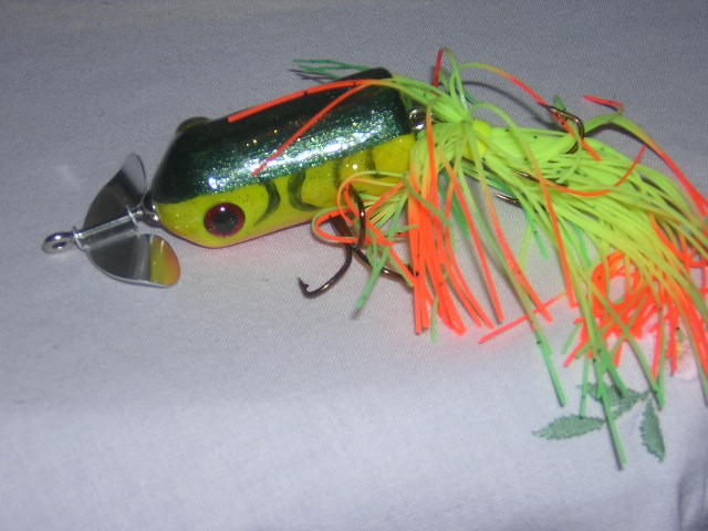 top water lure 017.JPG