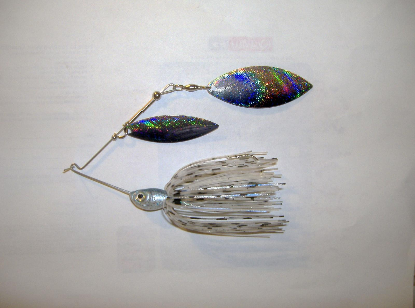 3/8oz Ghost Blue Shad spinnerbait