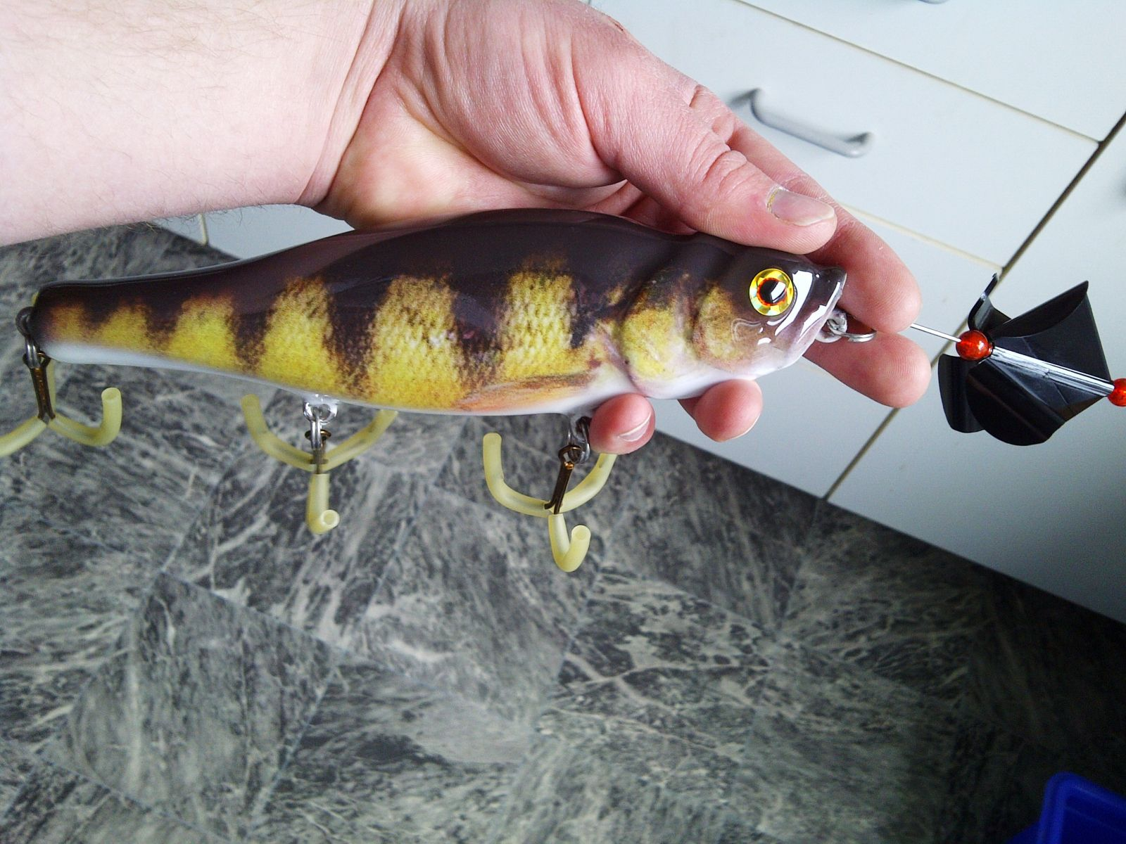 8 inch wood perch spook and buzz bait, just add buzz attachment