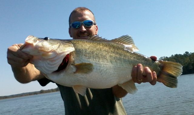 My New Personal Best Largemouth!! 11lbs 13oz