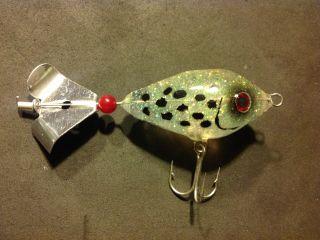 Hard Buzz hybrid bait