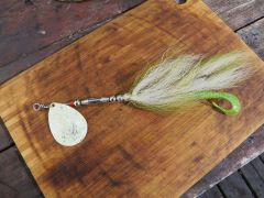 Green and White Glow Speckle Musky Bucktail