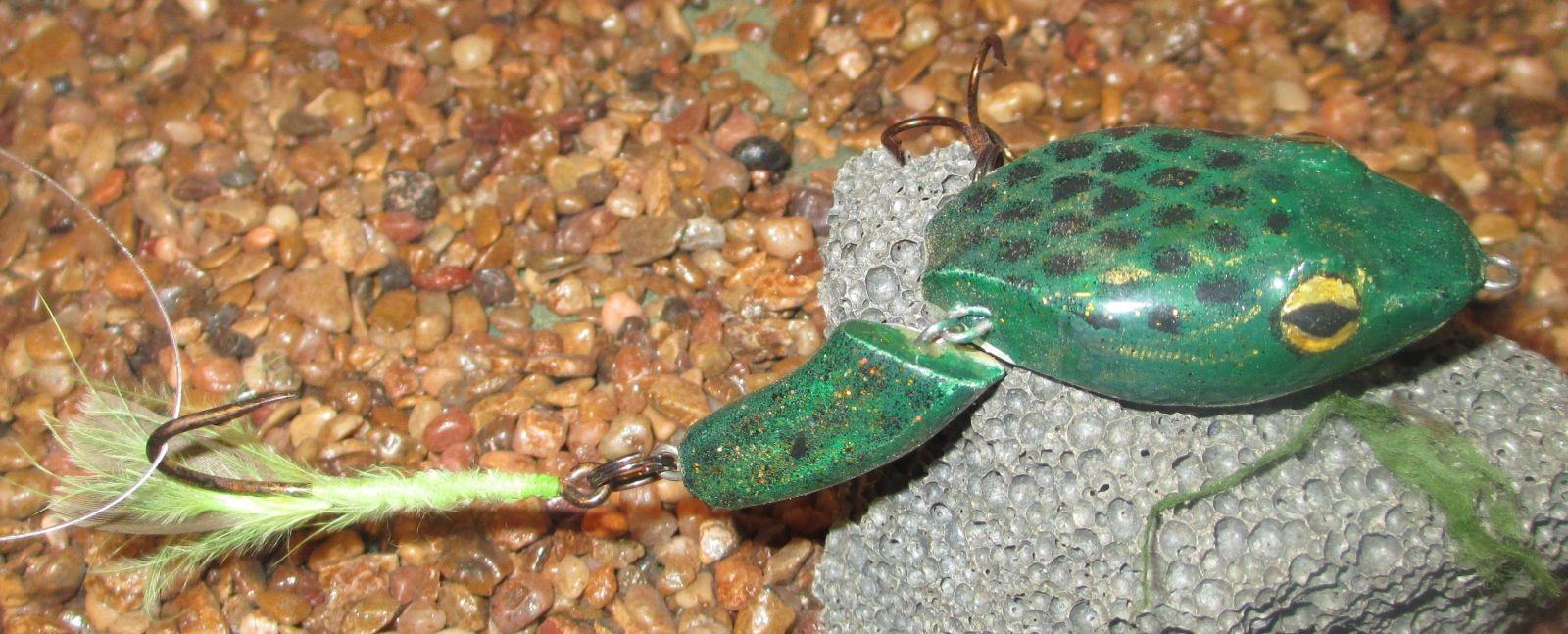 Hinged frog