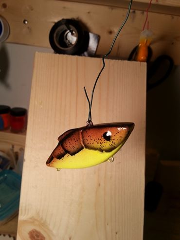 brown yellow craw rattle trap