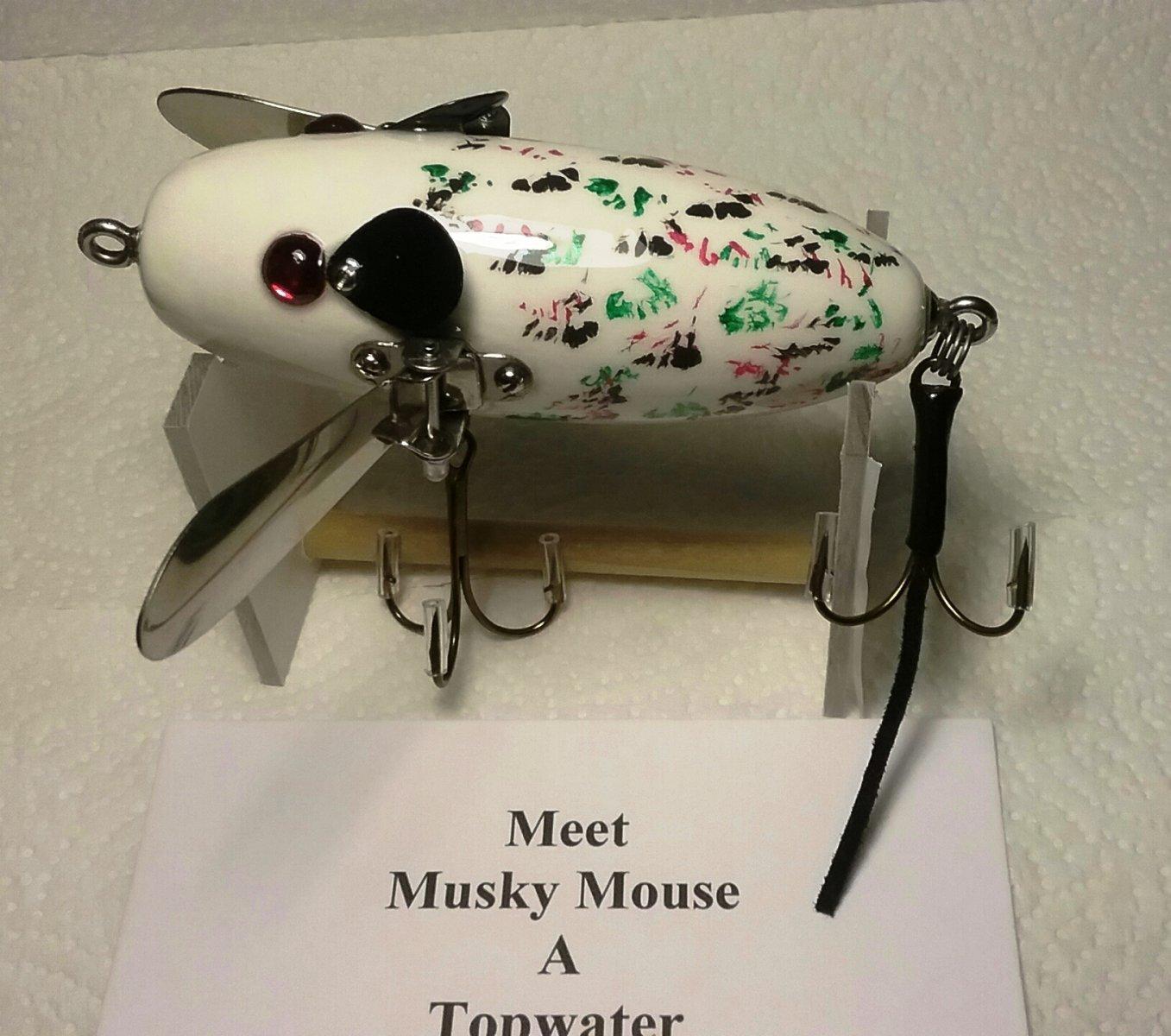 Musky Mouse2.jpg