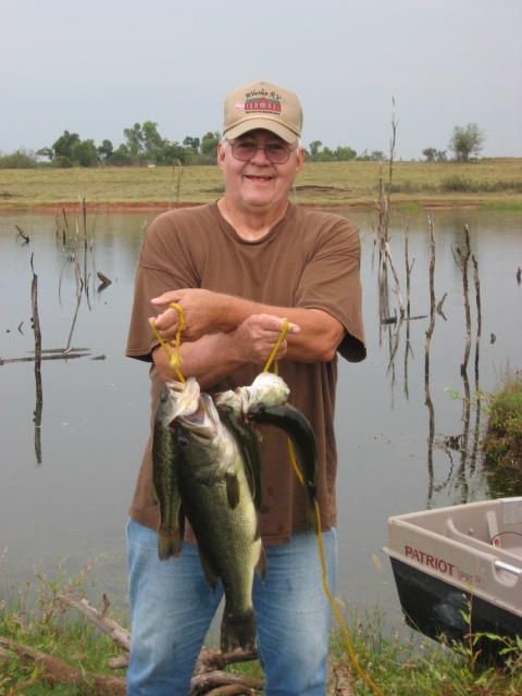 Caught on new break away buzz bait in Oklahoma Oct.23rd,2010All comments welcome.dminkler65