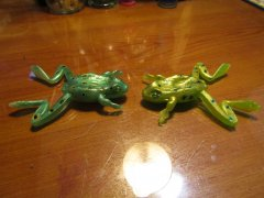 """2.8"""" Finesse Frog"""